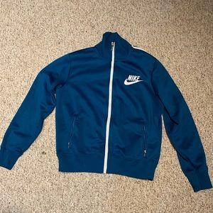 Size M nike sportswear jacket